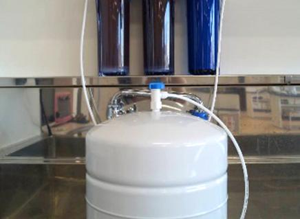 純水製造器