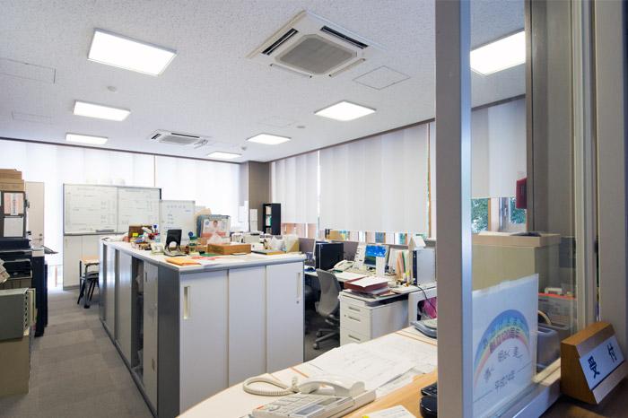 1F 事務室
